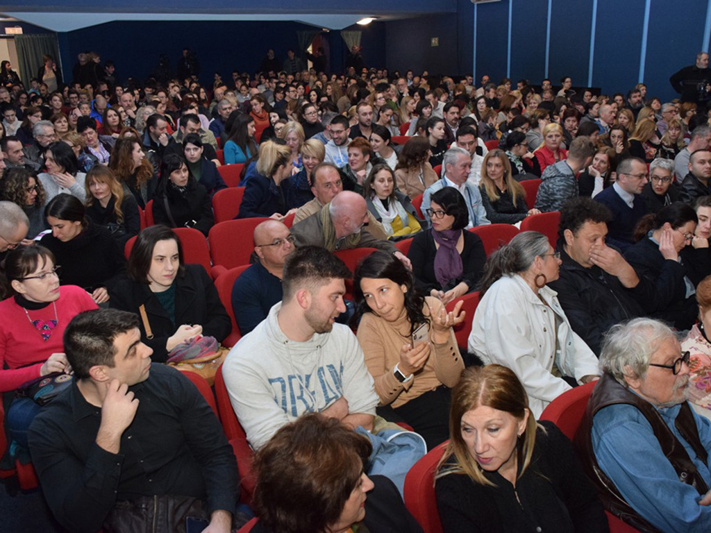 predstava bliskost, publika