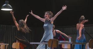 predstava Žene iz Troje