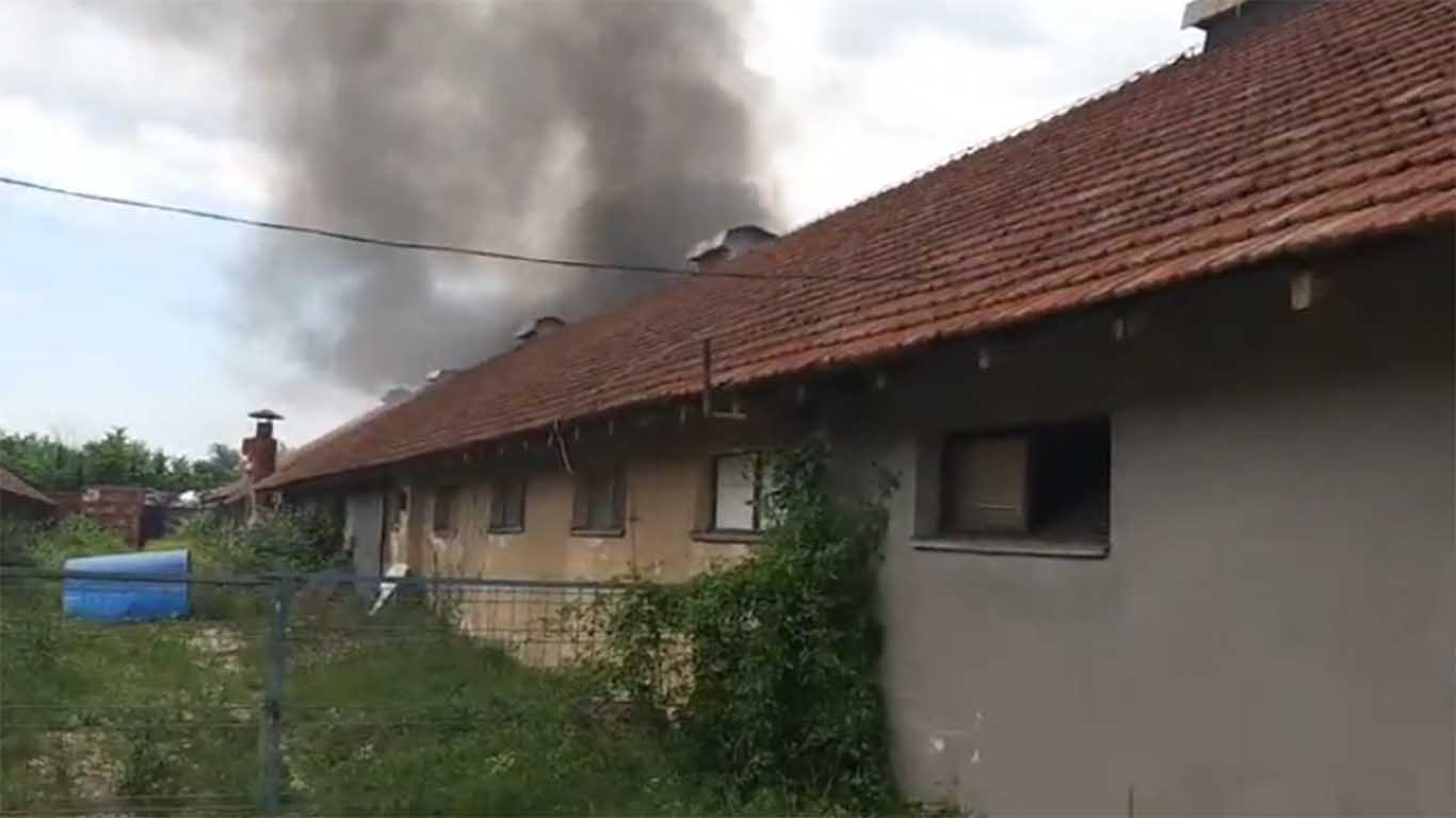 Požar u bivšoj farmi