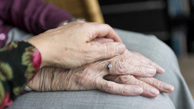 Dozvoljene posete u gerontološkim centrima i domovima za stare
