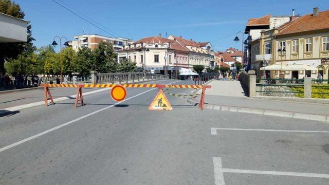 Radovi na putu, ulica Knjaza Miloša u Knjaževcu