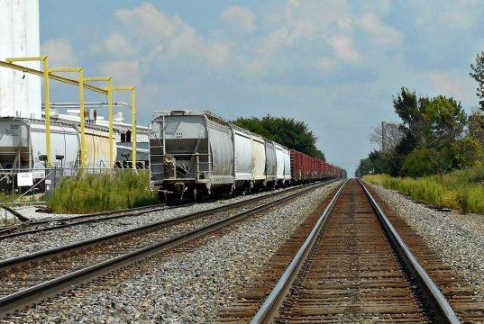 Teretni voz, železnica